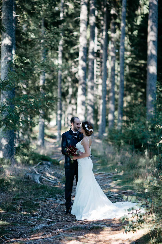 Brautpaarshooting im Wald