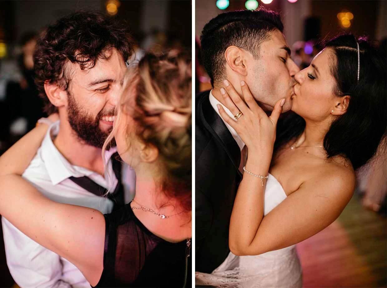 Hochzeitsgäste und Brautpaar tanzen ausgelassen