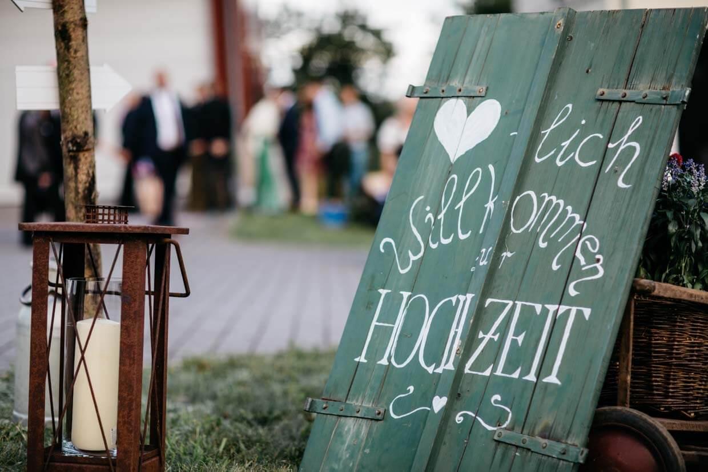 Holzschild Herzlich Willkomen zur Hochzeit