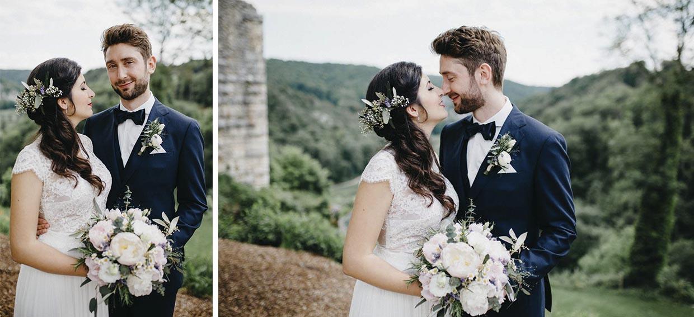 Brautpaar sehr intim beim Brautpaarshooting