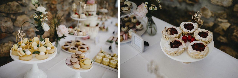 Detailaufnahme Cupcakes und Törtchen