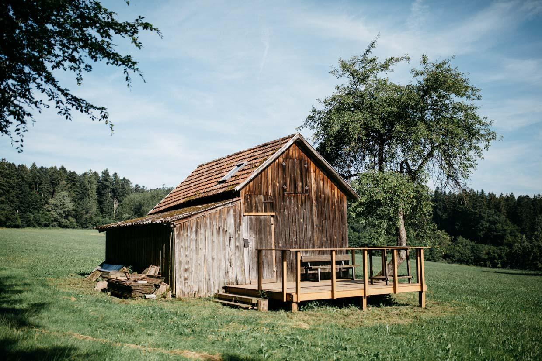 Holzhütte in der Natur
