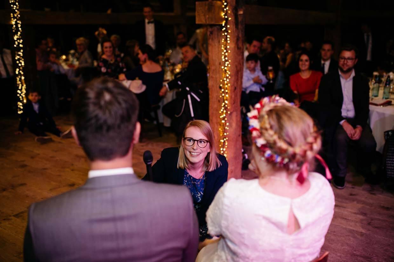 Brautpaar beim Hochzeitsspiel